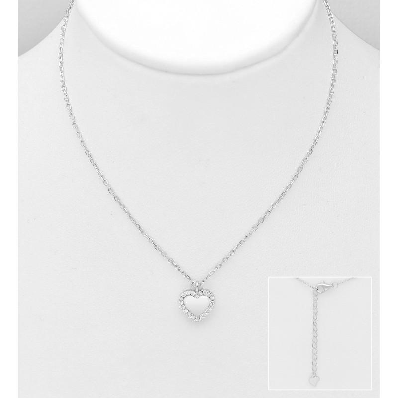 Srebrna ogrlica s srčkom in cirkoniji