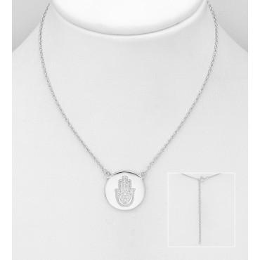Srebrna ogrlica s simbolom roke zaščite