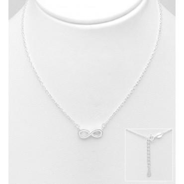 Srebrna ogrlica s simbolom neskončnosti