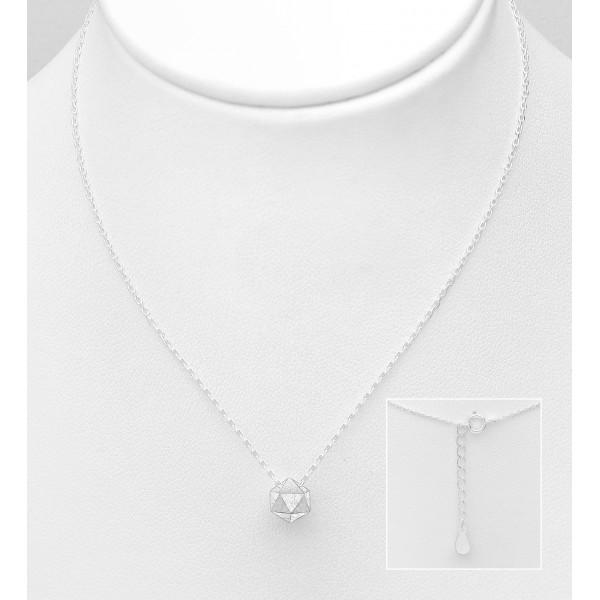 Srebrna ogrlica z mat obeskom